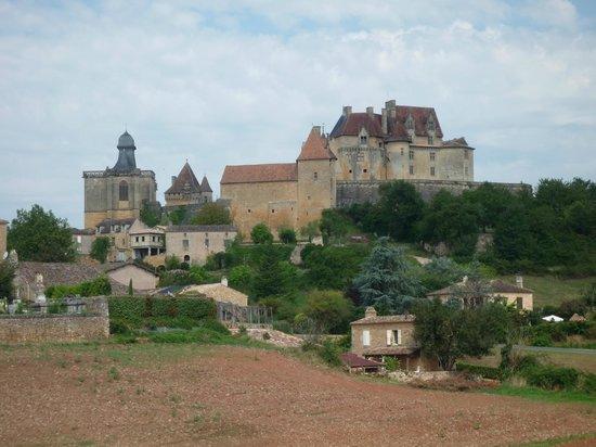 Bosc Nègre Village de Vacances : A proximité, chateau de Biron