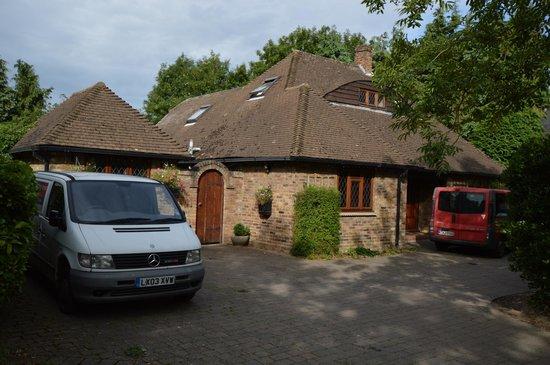 Alnwick Lodge : view when you enter