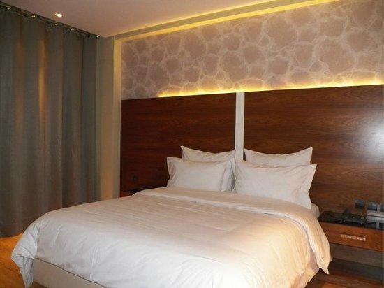 Hotel des Perce-Neige : Chambre