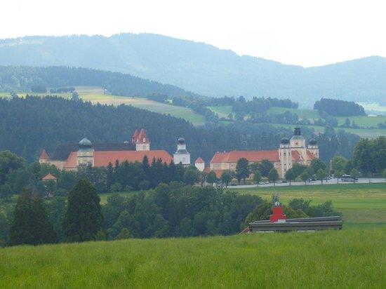 Augustiner Chorherrenstift Vorau: Stift Vorau Gesamtansicht