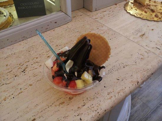 Le Bonta : Yogurt Grande frutta e cioccolato fondente
