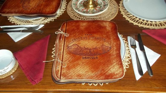 Hunter Prince Castle & Dracula Hotel: menu