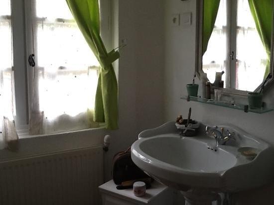 Chambres d'hotes Clos du Mas de Bastide : salle de bain