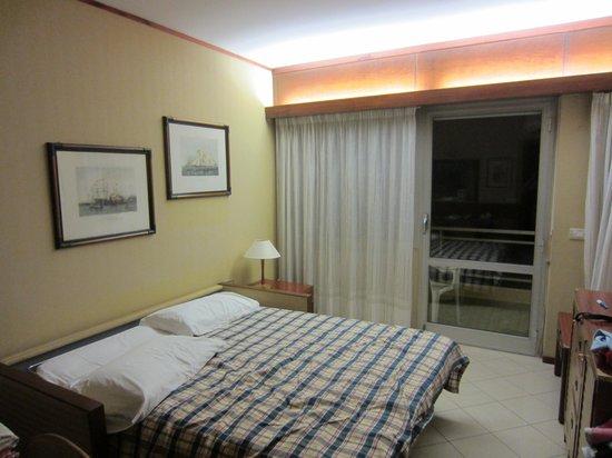 Residence Garden Lido : SOGGIORNO CON DIVANO LETTO APERTO