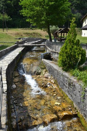 Moraca River: brook passing outside the monastery