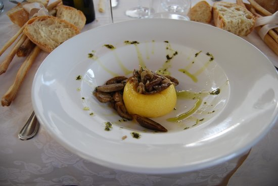 Da Claudino: Polenta with porchini mushroom
