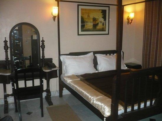 Hotel 233 Park Street: Chambre 102