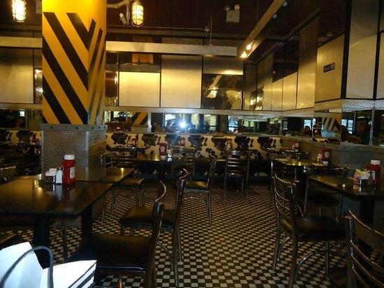 Silver Spurs Restaurant: interni