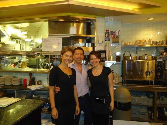 Silver Spurs Restaurant: staff+proprietario! Andrea,la prima da destra,è fantastica!!!!