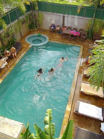 Tanei Boutique Villa: La piscine de l'hôtel