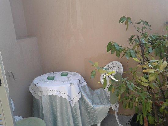 Spagna Ave: Balcony