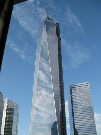 World Center Hotel : The new  WTC still being built