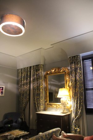 Hotel d'Inghilterra: Room