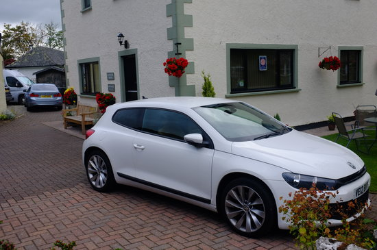 Ullswater Guest House: Spaces to park at Ullswater house