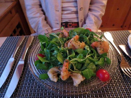 Restaurant Arturo: In Sherry sautierte Riesencrevetten auf Nüsslisalat
