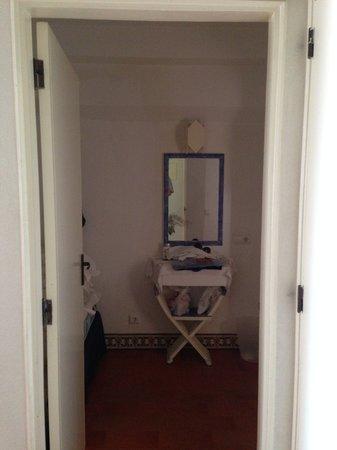 Apartamentos Soldoiro: Espelho com ferrugem