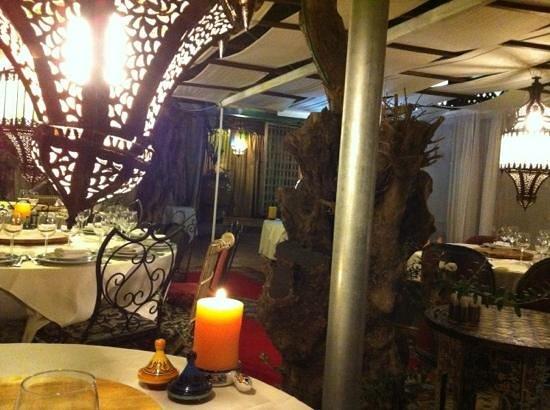 Darna Moroccan Restaurant : restaurant