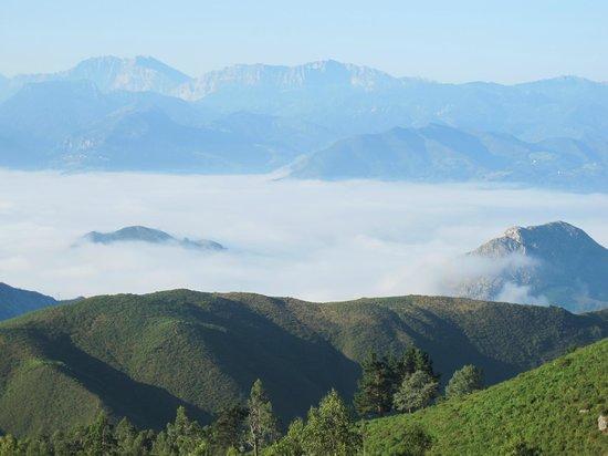 Mirador del Fito: visto a primeras hora de la mañana el mar de nubes