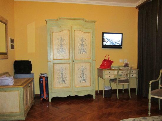 Hotel Palazzo Guardati: la stanza grande e confortevole
