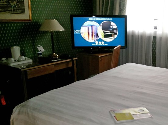 Four Points by Sheraton Milan Center: Room.