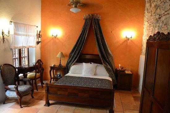"Alfiz Hotel : ""The Colony"" standard room"