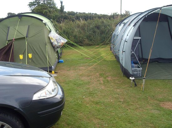 Parkland Caravan and Camping Site: Fire hazard - reputable sites suggest a minimum of 5m distance between units.