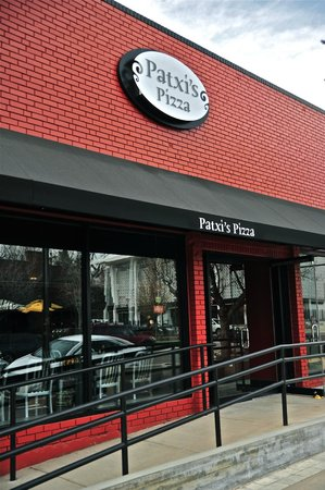 Patxi's Pizza: Cherry Creek Storefront