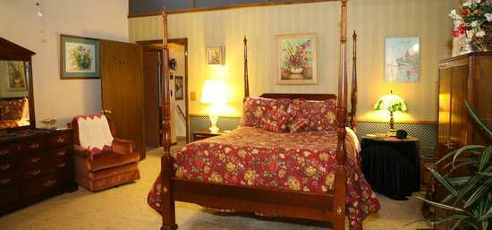 Ambiance Inn Bed and Breakfast - TEMPORARILY CLOSED: Sonoma Room