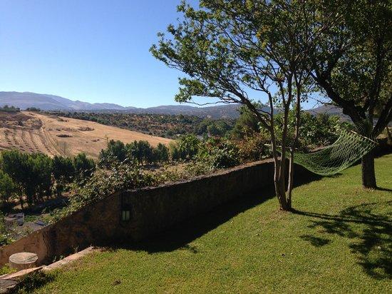 Hotel Jardin de la Muralla: breathtaking garden view