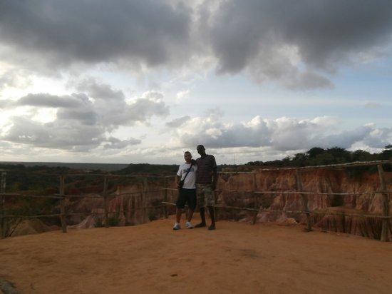 Safari con Giovanni Masai: Riccardo e John