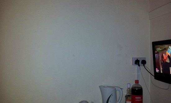 The Broadway Hotel: stains on wall