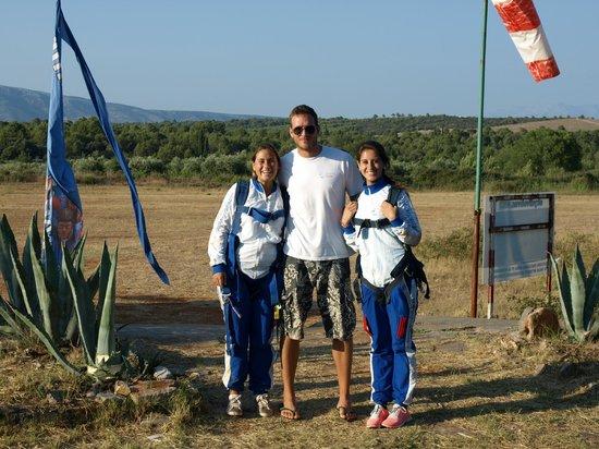 Skydiving Croatia: Filip and the girls