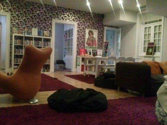 Rivoli Cinema Hostel : Sala comune