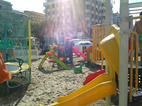 giochi - Foto di Bagni 23 Marisa, Gabicce Mare - TripAdvisor