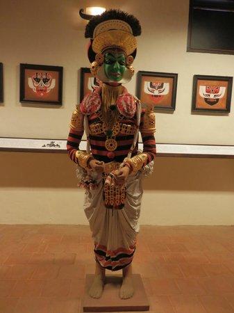 Greenix Village : Koodiyattam - museum exhibit
