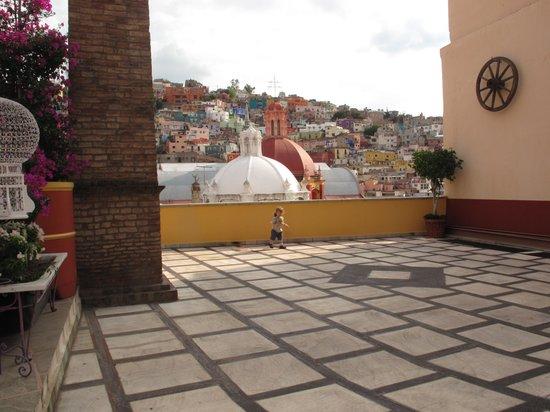 Hotel Antiguo Vapor: vista desde la entrada del hotel