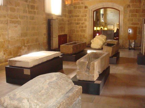 Basílica de San Isidoro y Panteón Real: TUMBAS REYES DE LEÓN