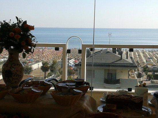 Hotel Augustus: veduta dalla sala colazioni