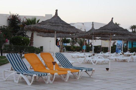 Abord piscine - Picture of Djerba Sun Club, Mezraia ...