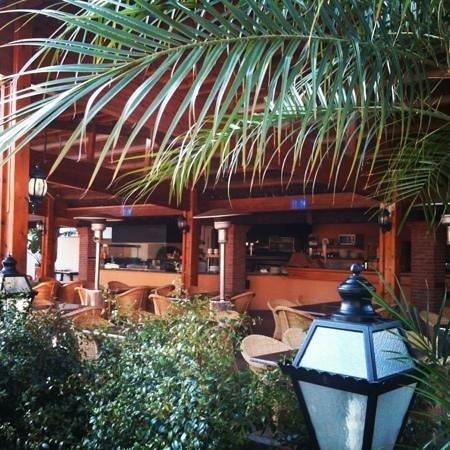Estival Eldorado Resort : restaurante piscina