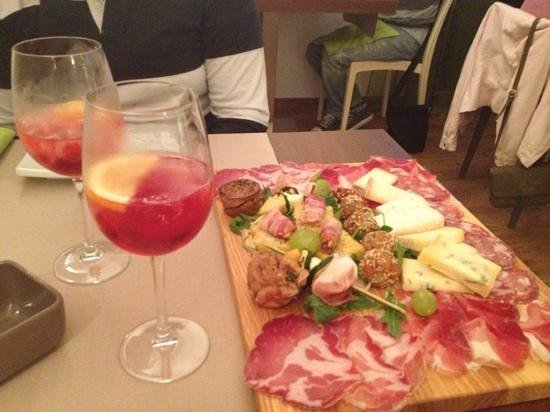 Manerba del Garda, Italien: tagliere medio