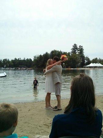 Point Sebago : Ceremony on the beach