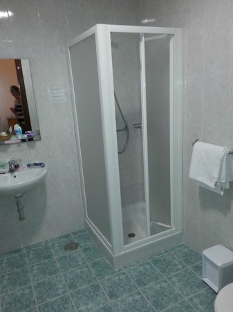 Hotel Sur: baño habitación planta 1