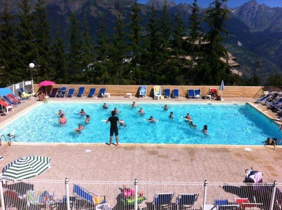 Hôtel Club mmv Plagne Montalbert Les Sittelles : cours d'aqua gym