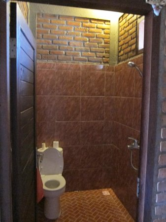 Krisna Villa's Guest House: Bathroom