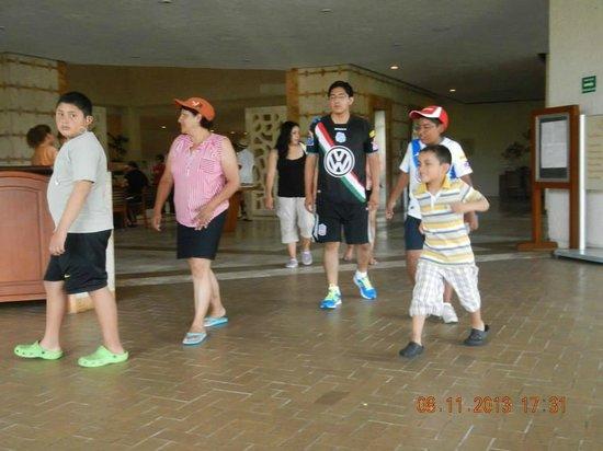 Sunscape Dorado Pacifico Ixtapa: La familia