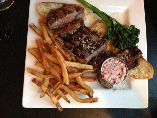 The Bullhouse: the strip steak