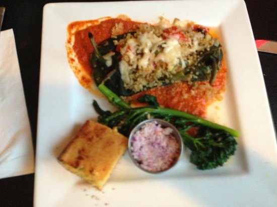 The Bullhouse: the chile rellenos