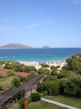 Colonna Village : vista della spiaggia di Sos Aranzos dalla reception