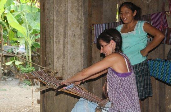 Living Maya Experience: Cheryl practises weaving